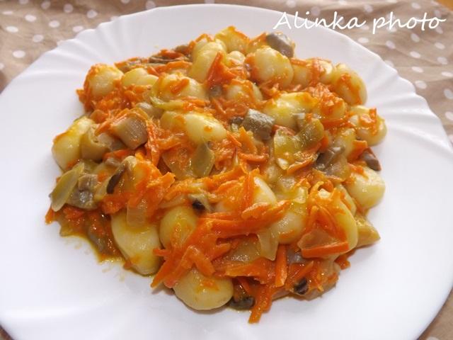 Gnocchi s hlivovo-mrkvovou omáčkou