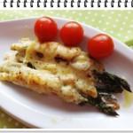 Zapečené špargľové rolky so šunkou a syrom