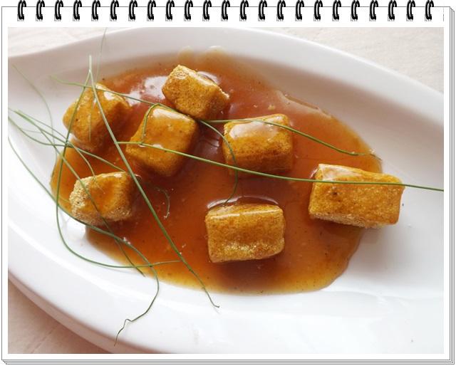 Rukolový šalát s chrumkavým tofu
