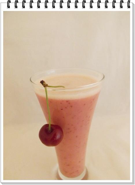 Čerešňovo-ananásový shake