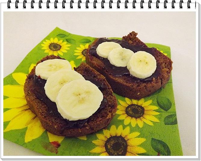 Banánovo-kakaový chlebík