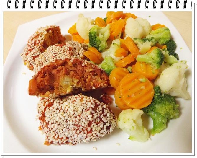Zeleninové sušené fašírky s dusenou zeleninkou