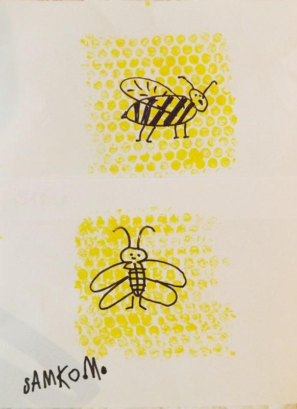Včielky v medových plástoch