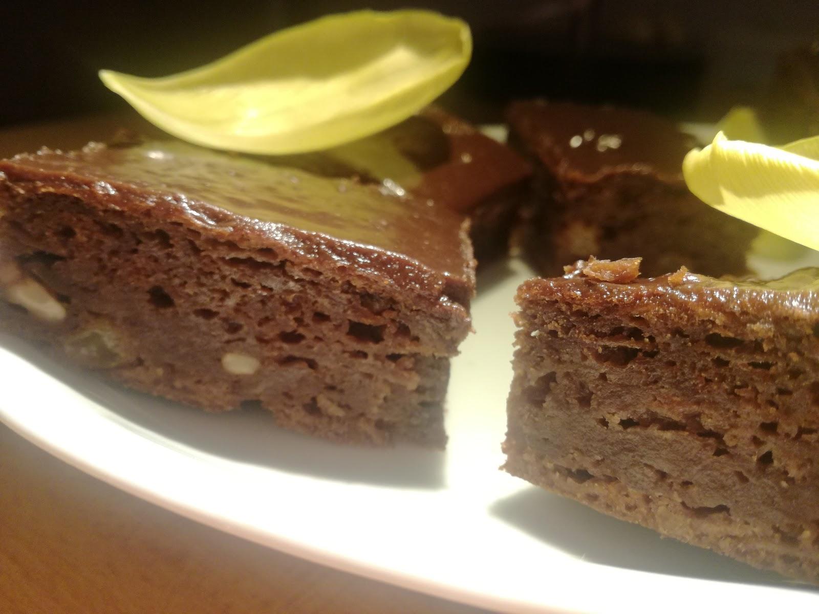 Jablkovo - čokoládový koláč