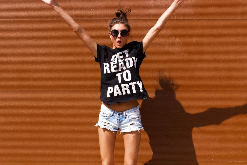 Vtipné tričká ako hit tohtoročnej sezóny – potešíte nielen seba, ale aj okolie!